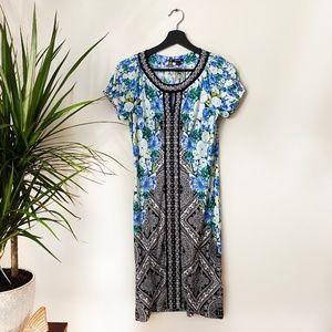3/$25✨ APT 9 FLORAL PRINT JERSEY BEADED DRESS